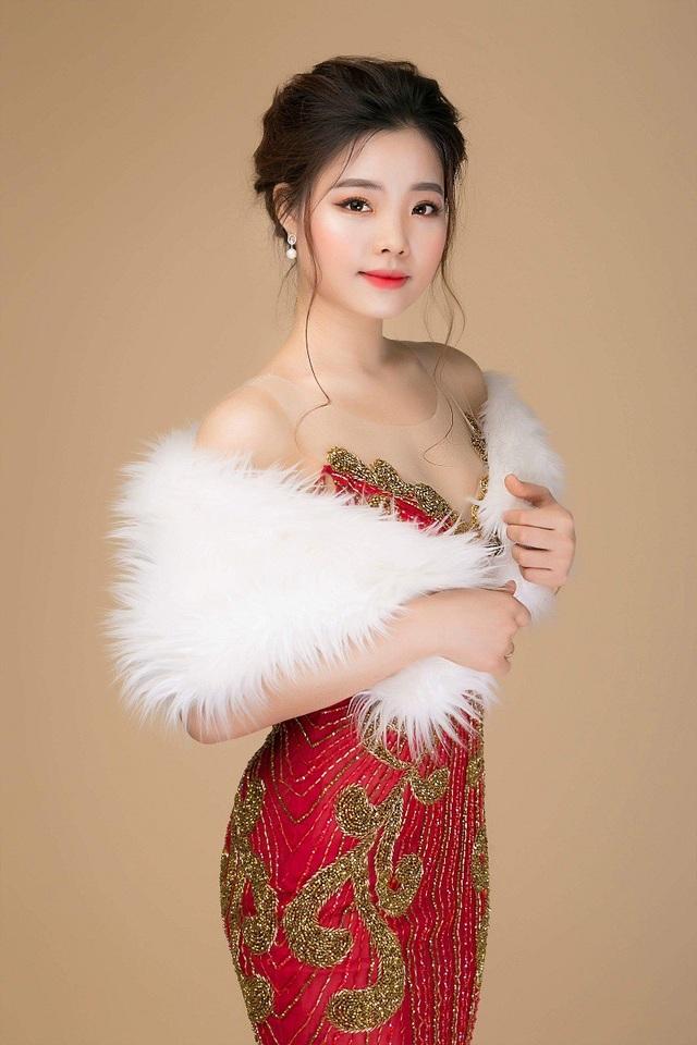 Thuỳ Văn là một trong những gương mặt nổi bật của cuộc thi Hoa khôi VNAM