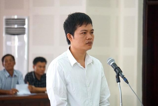 Bị cáo Nguyễn Khắc Lương tại tòa. Ảnh: N.TRI