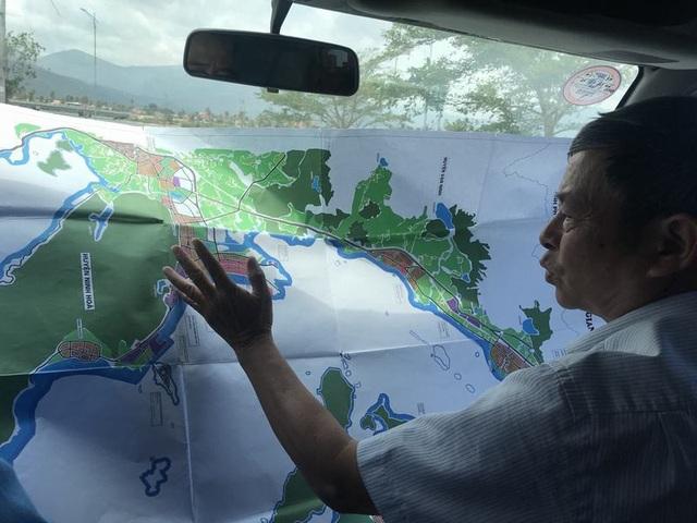 Chú Hệ giới thiệu tiềm năng đất Vân Phong.