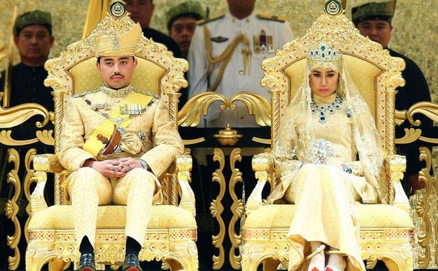 Choáng ngợp với sự xa hoa của những đám cưới hoàng gia tốn kém nhất lịch sử - 3