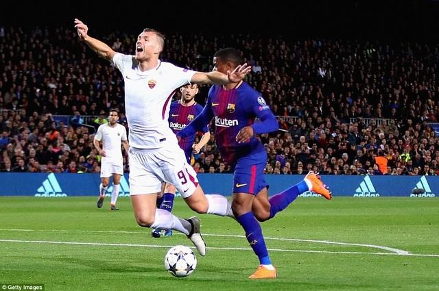 Hy vọng ghi bàn của AS Roma đặt lên vai Dzeko