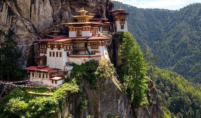 Vương quốc Bhutan nổi tiếng với phong cảnh đẹp và cuộc sống thanh bình (Ảnh: National Geographic)