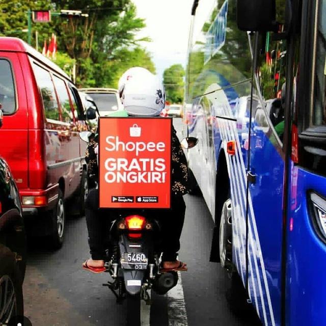 Người đi xe máy Indonesia có thể kiếm thêm thu nhập nhờ chạy quảng cáo
