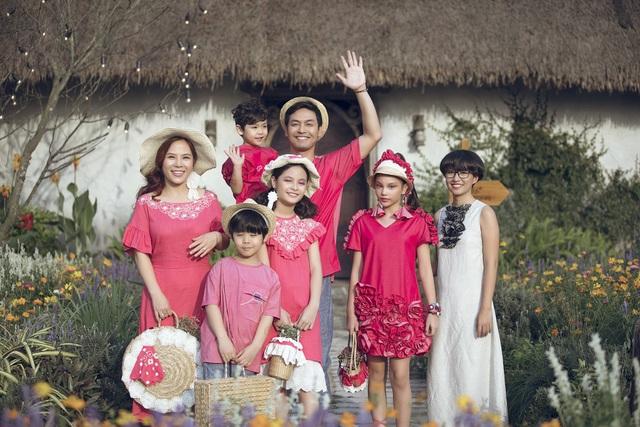 MC Phan Anh lần đầu đưa cả vợ lẫn con lên sân khấu làm người mẫu - 5
