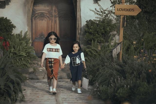 MC Phan Anh lần đầu đưa cả vợ lẫn con lên sân khấu làm người mẫu - 9