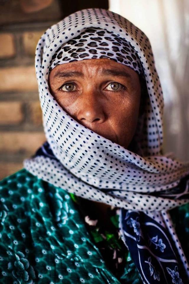 Nữ nhiếp ảnh gia đi khắp thế giới để ghi lại vẻ đẹp của người phụ nữ - 12