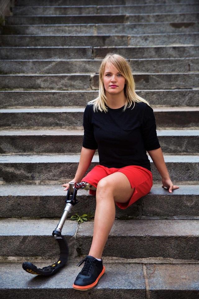 Nữ nhiếp ảnh gia đi khắp thế giới để ghi lại vẻ đẹp của người phụ nữ - 17