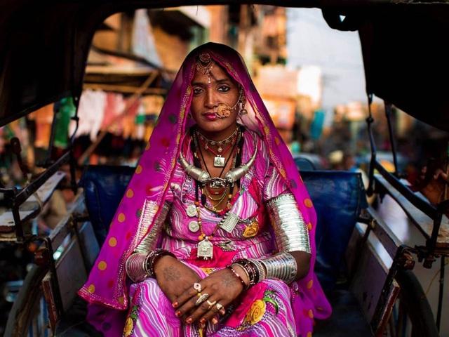 Nữ nhiếp ảnh gia đi khắp thế giới để ghi lại vẻ đẹp của người phụ nữ - 7