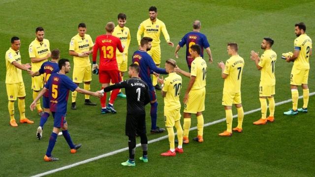 Villarreal xếp hàng tôn vinh Barcelona trước trận đấu đêm qua