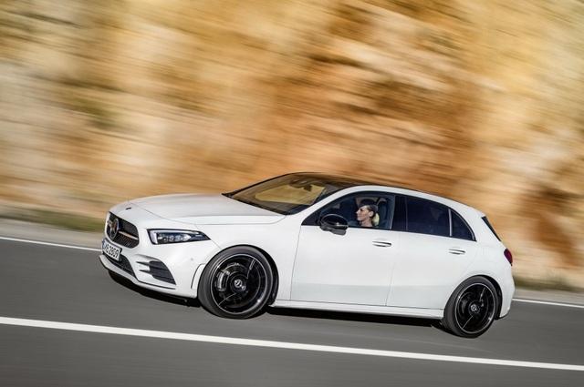 Mercedes-Benz A-Class dùng động cơ Renault - 2