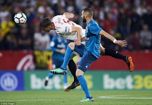 Real Madrid mắc khá nhiều sai lầm trong phòng ngự