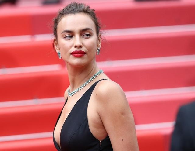 Không chỉ là người mẫu, Irina còn tham gia đóng phim và được các đạo diễn chú ý, tạo điều kiện.