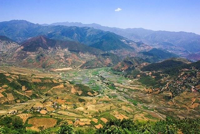 Vẻ đẹp của đất trời, do chính bàn tay những người dân Hmong, Dao, Thái... tạo nên.