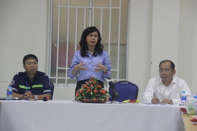 Bà Nguyễn Thị Thu tại buổi làm việc với Trung tâm Cấp cứu 115