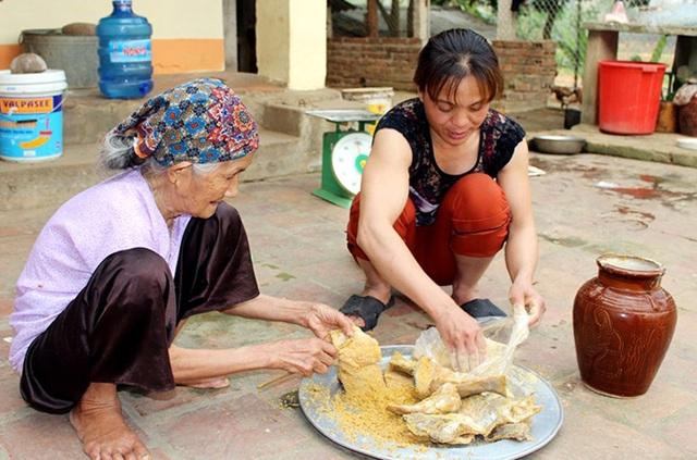 Cá thính hay còn gọi là cá muối chua được xem là đặc sản trứ danh của Phú Thọ