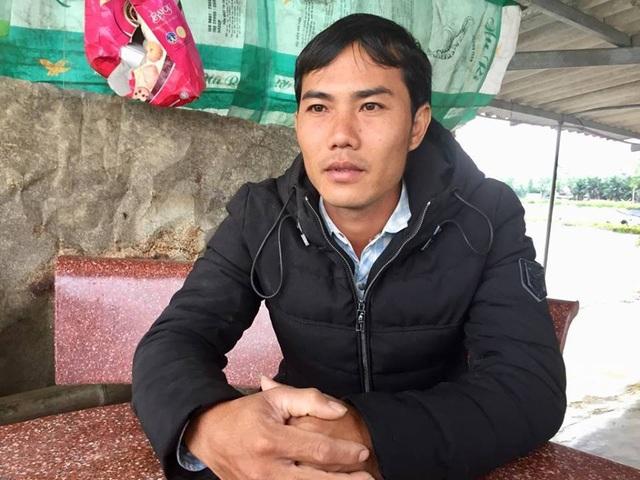 Anh Ân, một trong những hộ nuôi tôm lo lắng nếu cây xăng Dũng Hường được triển khai thì dự án nuôi tôm của họ phải vứt bỏ