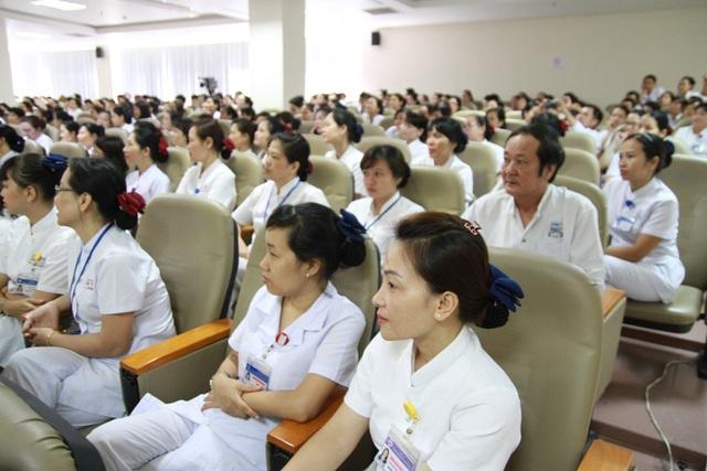 Đội ngũ y dưỡng Bệnh viện Trung ương Huế