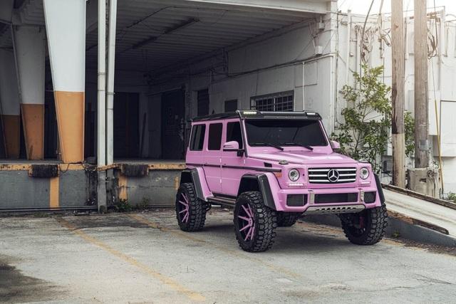 Mercedes-Benz G-Class hồng lạ mắt - 2