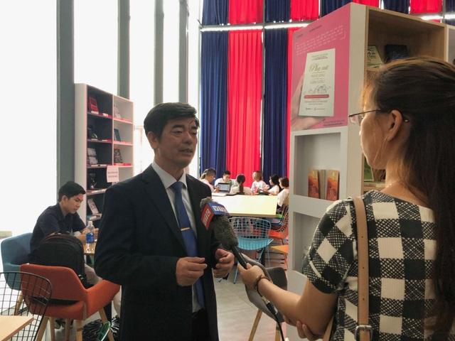 PGS.TS Thái Bá Cần - Hiệu trưởng Đại học HIU chia sẻ về hướng đào tạo ngành giáo dục mầm non có bản sắc riêng trong bối cảnh hội nhập.