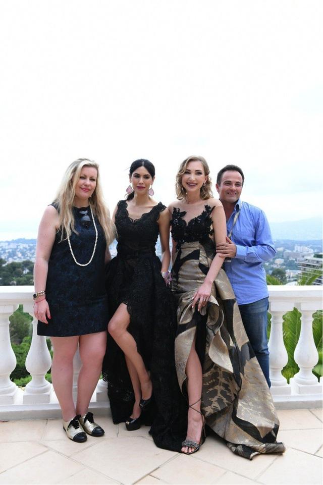 Người mẫu Rhizlane Larhmati từng là người mẫu được truyền thông thế giới chú ý bởi bức ảnh tuyệt đẹp tại Cannes lần thứ 70.