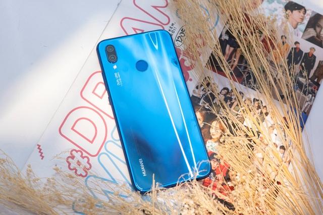 Huawei Nova 3e - smartphone tầm trung dành cho ai? - 1