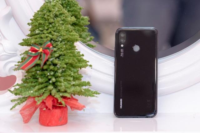 Huawei Nova 3e - smartphone tầm trung dành cho ai? - 2
