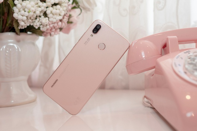 Huawei Nova 3e - smartphone tầm trung dành cho ai? - 3
