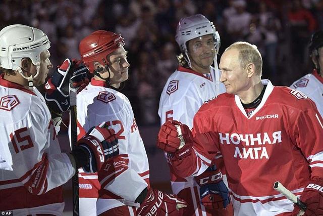 Đội của ông Putin đã giành chiến thắng chung cuộc với kết quả áp đảo là 12-7. (Ảnh: AP)