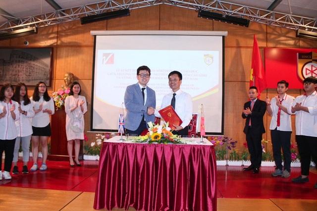Lễ kí kết biên bản ghi nhớ hợp tác giáo dục giữa trường THCS&THPT Nguyễn Bỉnh Khiêm Cầu Giấy và công ty PDVL Oversea Advisory Việt Nam