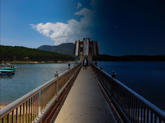 Sắc xanh dịu mát của Hồ Tuyền Lâm khiến người xem cảm nhận rõ sự thư thái trong tâm hồn.