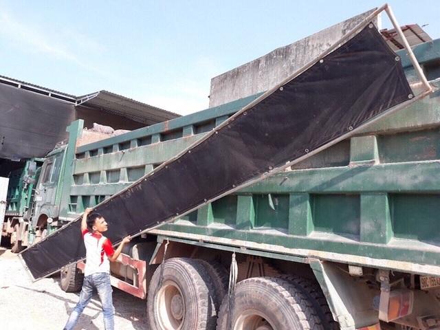 """Xe quá khổ, quá tải liên tiếp """"sa lưới"""" trên các cung đường tỉnh Bắc Giang! - 1"""