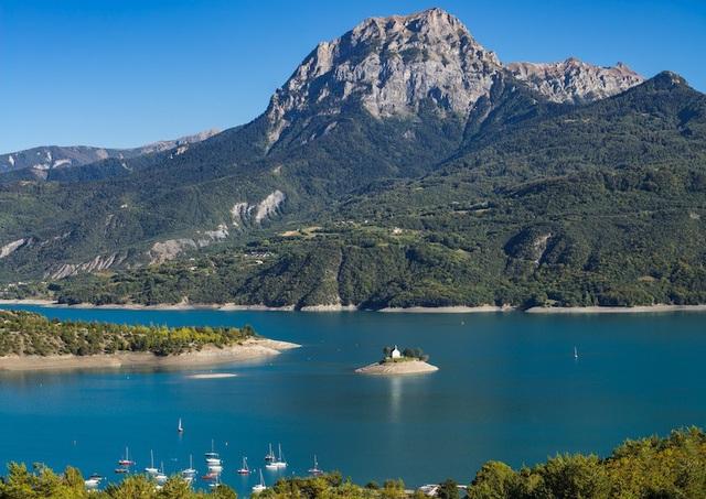 Những hồ nước quyến rũ nhất nước Pháp - 2