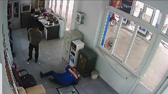 Bắt giữ nghi phạm tấn công gây thương tích cho nhân viên cửa hàng xăng dầu - 1