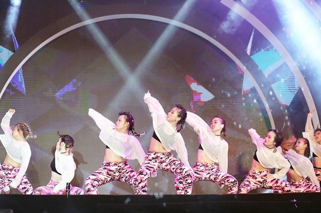 Bạn trẻ Hà thành đắm chìm trong vũ đạo cover Kpop nóng bỏng - 8