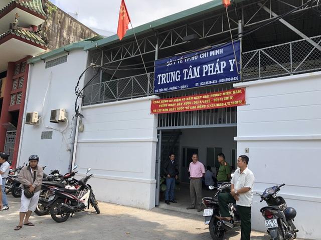 Trung tâm pháp y TPHCM nơi lưu thi thể 2 hiệp sĩ