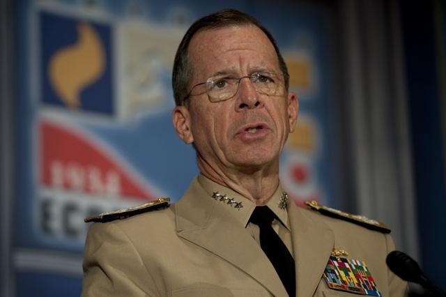 Cựu Chủ tịch Hội đồng Tham mưu trưởng Liên quân Mỹ Mike Mullen (Ảnh: AFP)