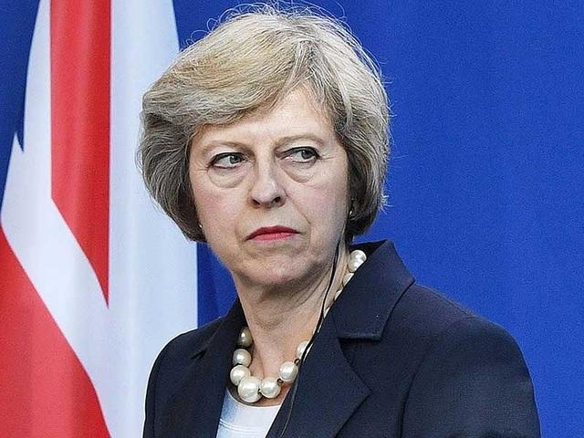 Thủ tướng Anh Theresa May đang bị bủa vây bởi nhiều khó khăn. Ảnh: FINANCIALTRIBUNE