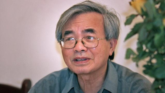 GS Phan Đình Diệu trong một lần trả lời phỏng vấn về cải cách giáo dục. Ảnh: Lê Anh Dũng
