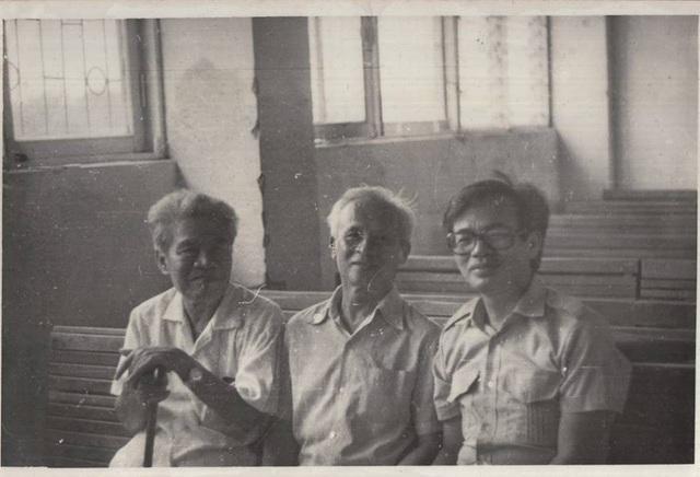 Từ trái sang: GS Tạ Quang Bửu, GS Lê Văn Thiêm và GS Phan Đình Diệu. Ảnh: Facebook GS Hà Huy Khoái