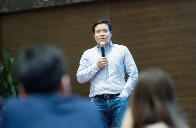 Cựu du học sinh Australia Nguyễn Quang Thuân kể câu chuyện thất bại của bản thân.