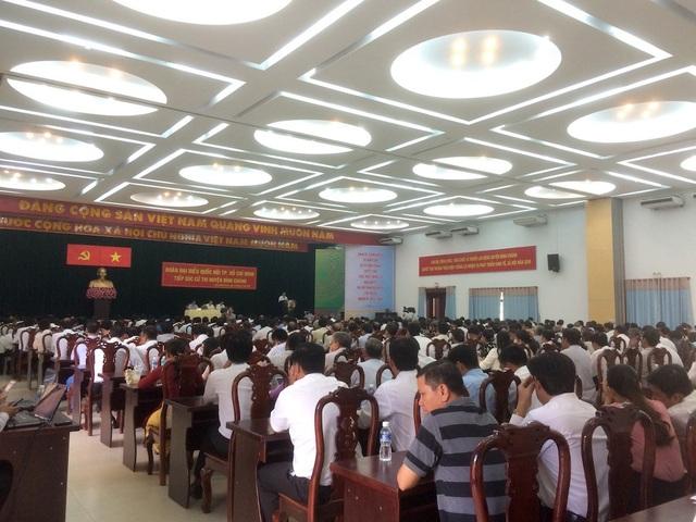 Bí thư Nguyễn Thiện Nhân cùng đại biểu Quốc hội (tổ 10) tiếp xúc cử tri huyện Bình Chánh