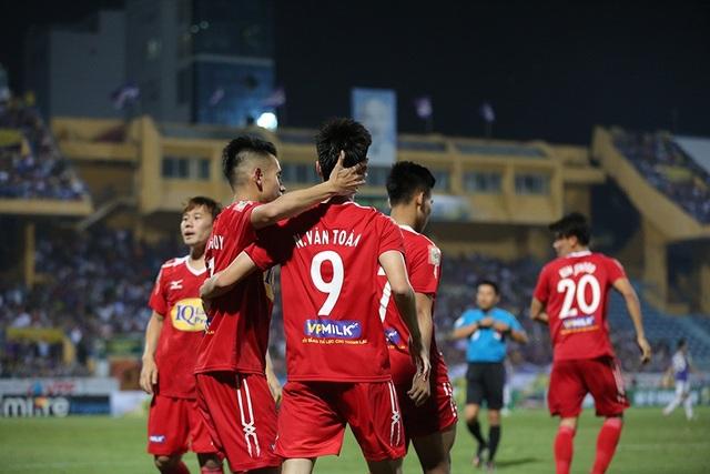 HA Gia Lai có được bàn thắng ở sân Hàng Đẫy...