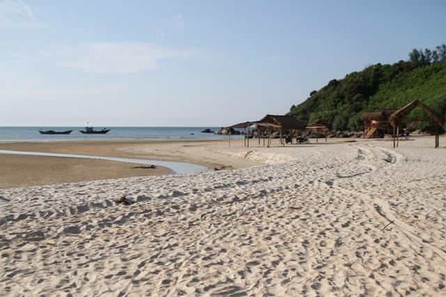 Bãi cát trắng mịn