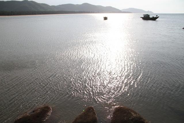 Mê mẩn nét đẹp hoang sơ biển Lộc Bình - 11