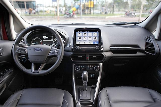 Một điều đáng tiếc là Ford Ecosport mới không có hệ thống điều khiển hành trình, cho dù phiên bản cao cấp nhất vẫn có cửa sổ trời.