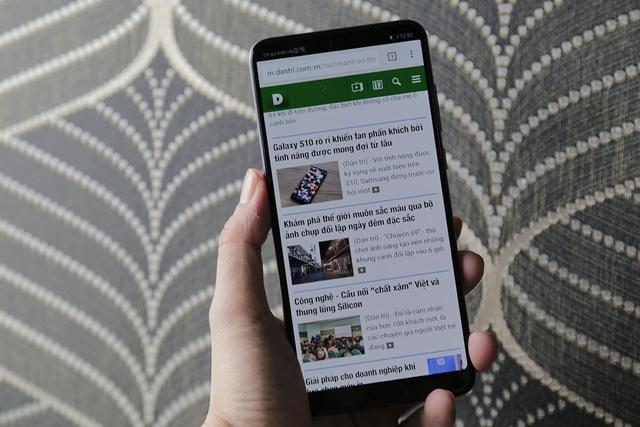 Trên tay Huawei P20 Pro chuẩn bị bán tại Việt Nam - 5
