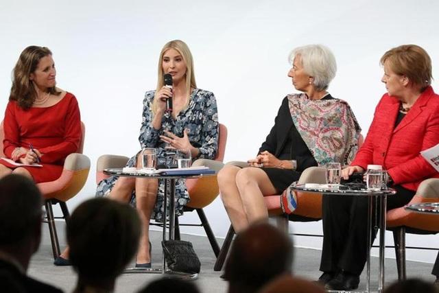 Ivanka Trump (thứ hai từ trái sang) từng được mời dự hội thảo với Thủ tướng Đức Angela Merkel (ngoài cùng bên phải) trong khuôn khổ thượng đỉnh G20 tại Berlin năm 2017 (Ảnh: Getty)