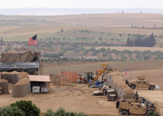 Lực lượng quân sự Mỹ thành lập một căn cứ mới ở Manbij ngày 8/5 (Ảnh: Reuters)
