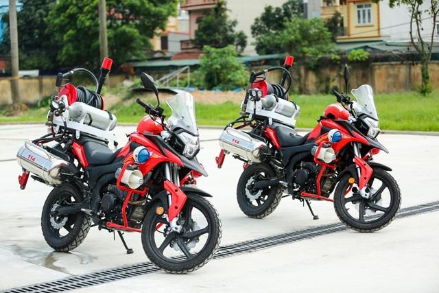 Dàn xe môtô này được nhập khẩu nguyên chiếc từ nước ngoài theo đơn đặt hàng riêng của Cục PCCC & CHCN.