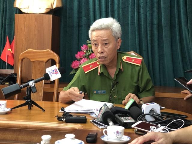 Thiếu tướng Phan Anh Minh chia sẻ với báo chí